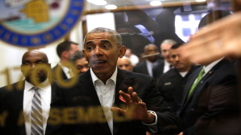 The Quick Read: Average Joe And Former President Barack Obama Reports For Jury Duty