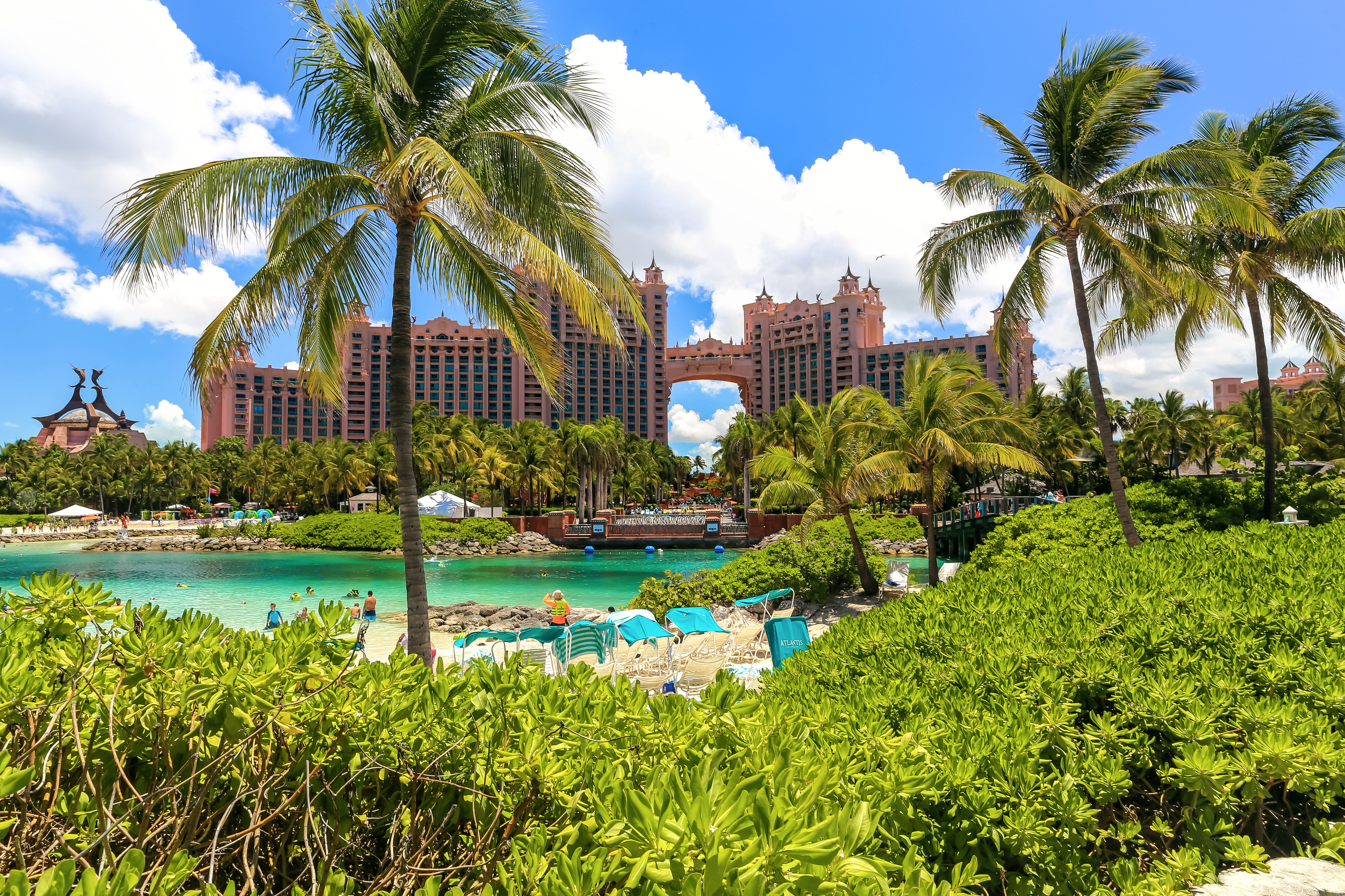 4 Reasons To Fall In Love With This Classic Bahamas Resort All Over Again