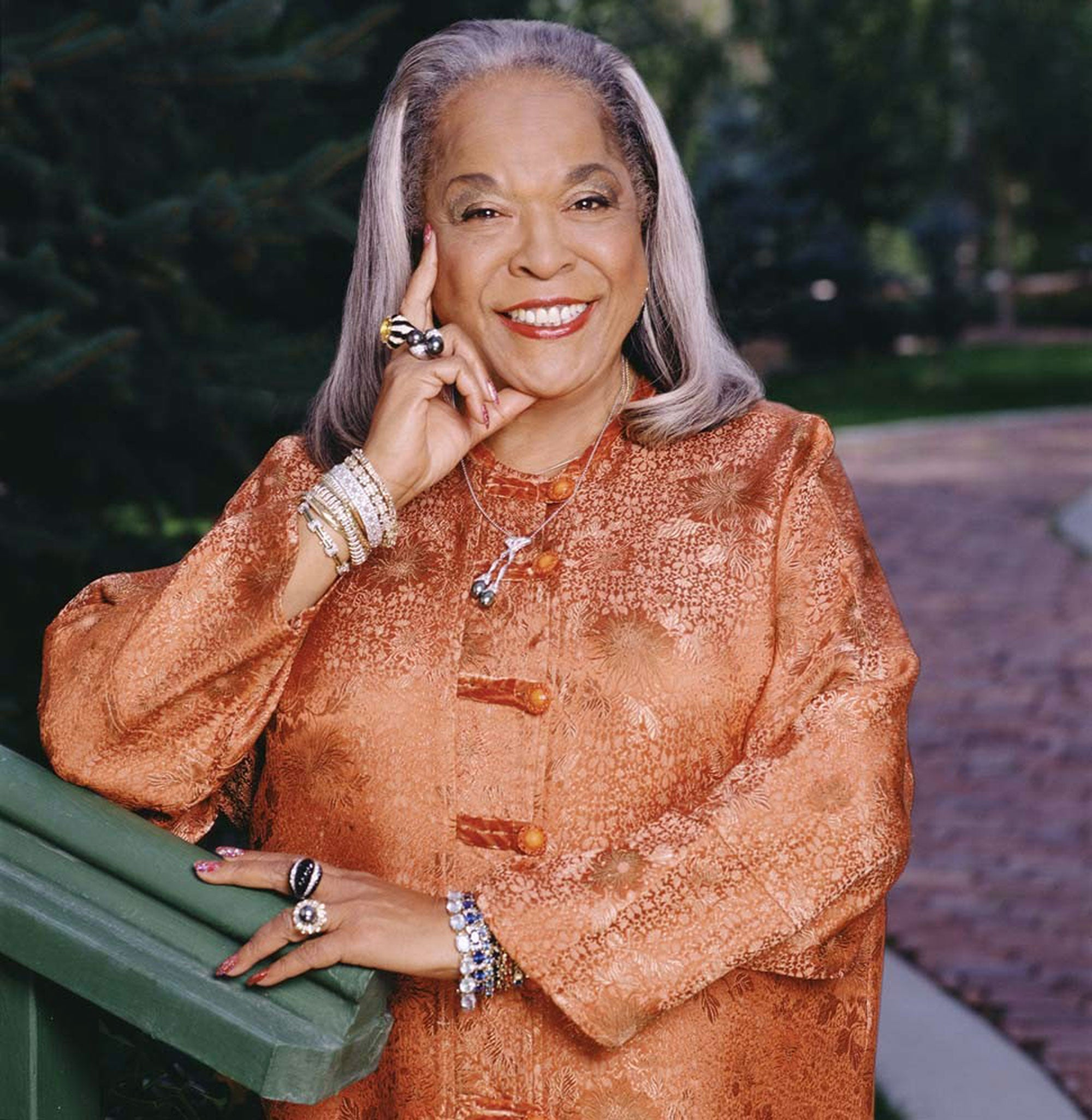 Della Reese, Music Legend And 'Touched By An Angel Star,' Dead at 86