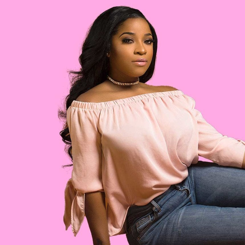 Celebrity Hairstylist Dominique Evans Talks Creating The Perfect Curly Bob For Toya Wright