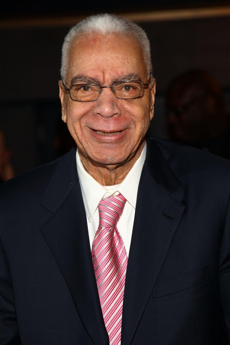 "Earle ""Grandpa Huxtable"" Hyman Passes Away At 91"