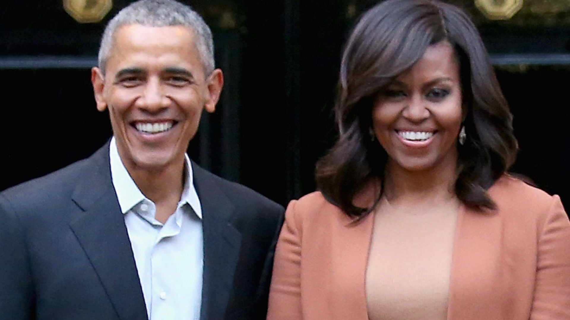 Barack and Michelle Obama Sign Storytelling Deal With Netflix