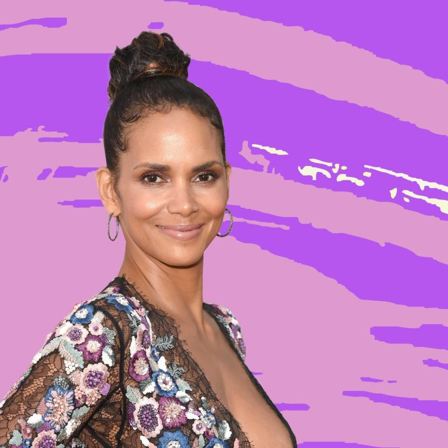 Halle Berry Posts A Rare Photo Of Her 4-Year-Old Son Getting In The Holiday Spirit