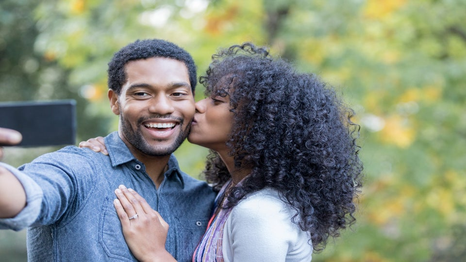 6 Dope Ways To Announce Your Engagement On Social Media