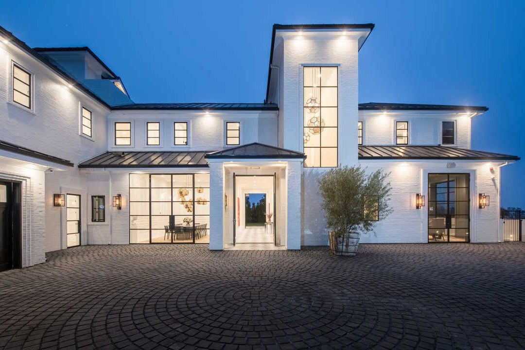 LeBron James Just Bought This $23 Million Estate In Los Angeles. See Inside