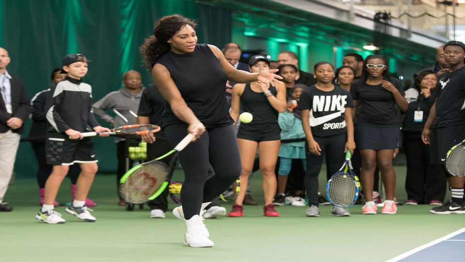 Serena Williams Publicly Returns To The Tennis Court For First Time Since Daughter's Birth