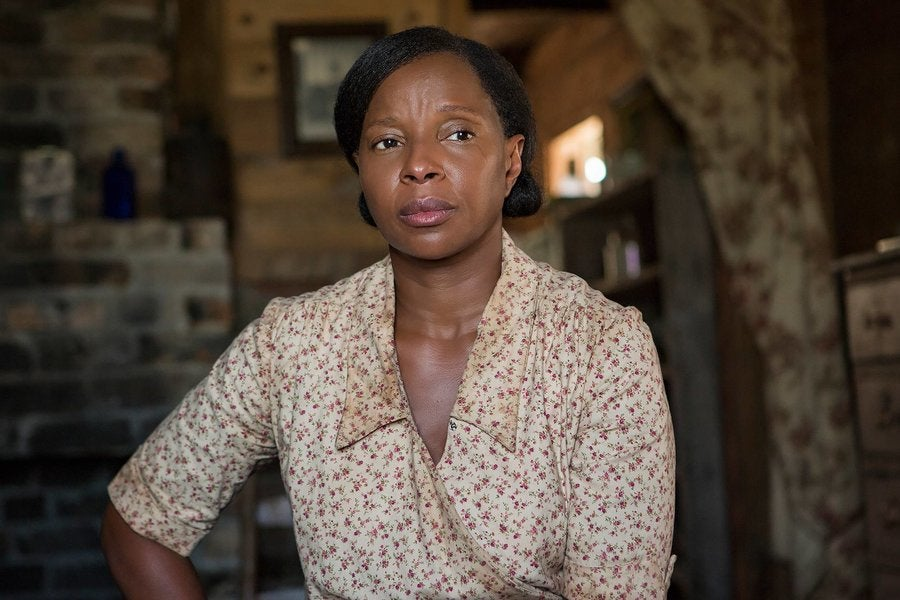 Mary J. Blige Went Makeup-Free for Mudbound And Learned She ...