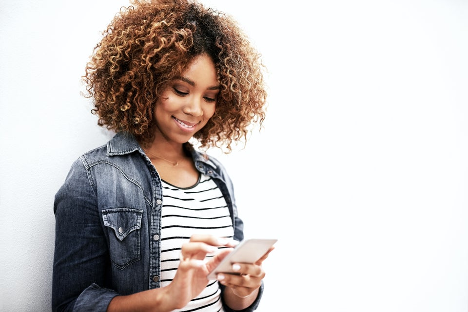 Colour Is The Easy-To-Use Hairstyling App Every Black Women Should Download