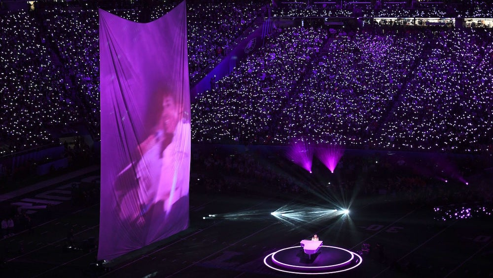 Sinbad Fires Shots At Justin Timberlake After Halftime Show Featuring Prince Projection