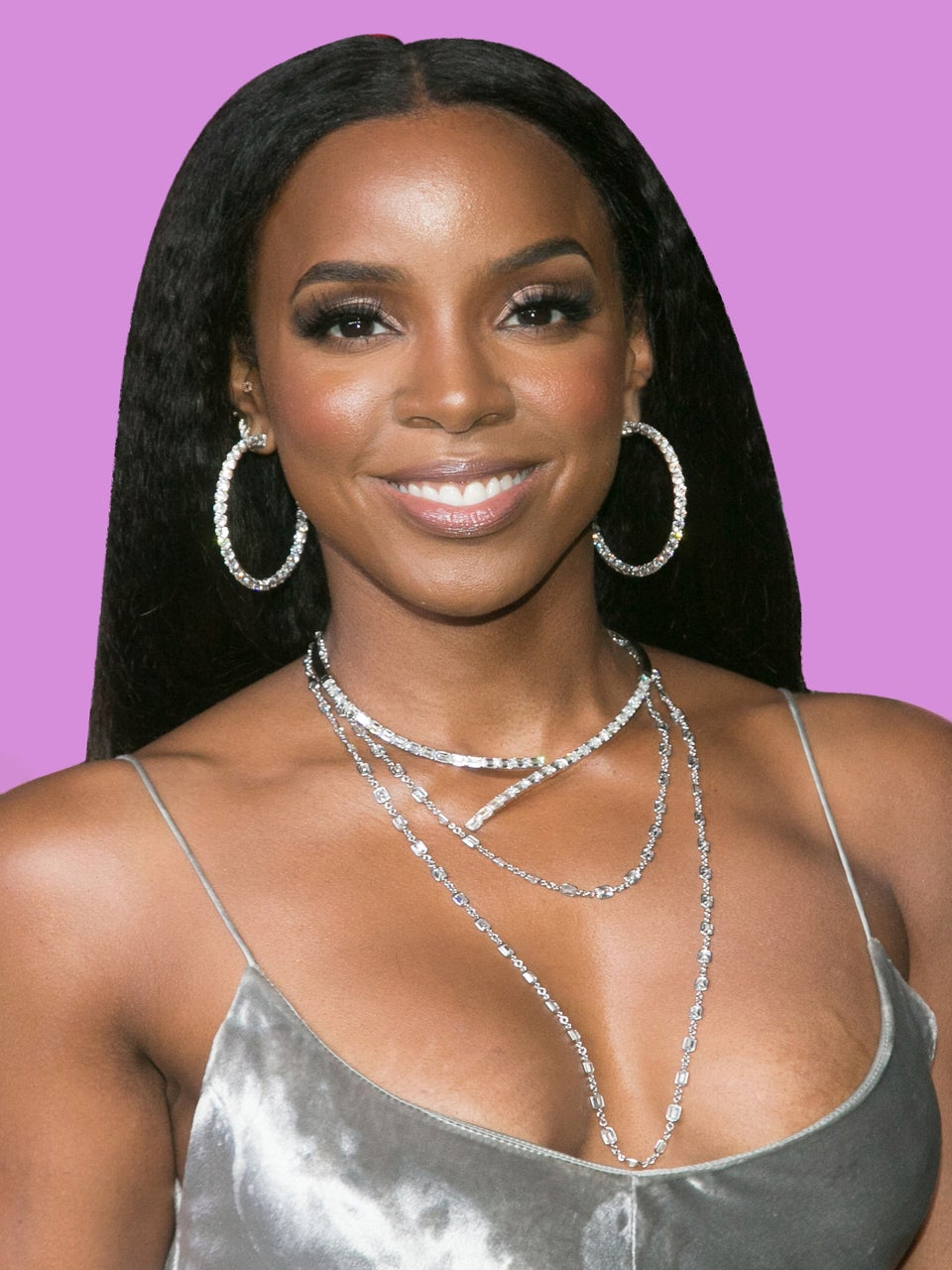 No, Kelly Rowland Isn't Bleaching Her Skin, So Please Stop Talking About It