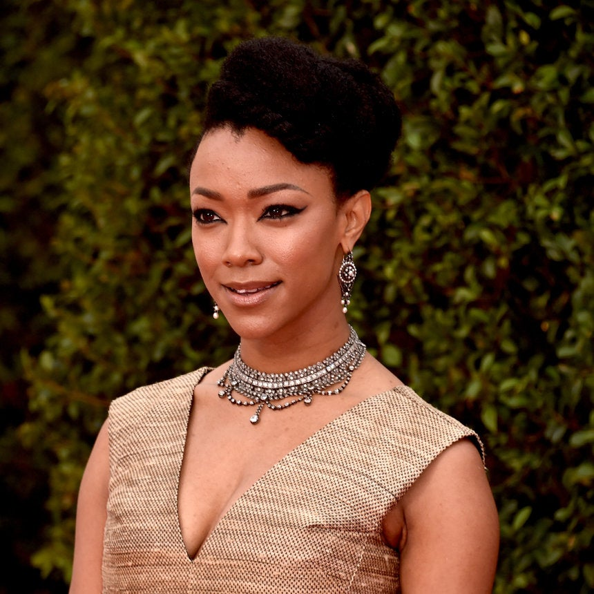 Sonequa Martin-Green Is Honoring Her Mother, A Three-Time Cancer Survivor, With This Campaign