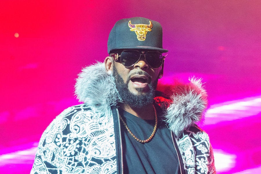 Twitter Roasts R. Kelly Over 'Black Panther' Wakanda - Essence