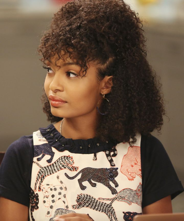 Yaras Natural Hairstyles Are Killing The Game On Grown Ish Essence