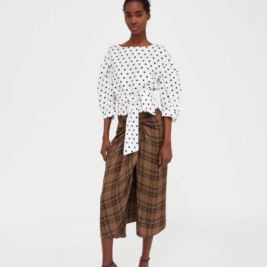 Zara Is Being Accused Of Cultural Appropriation For A Skirt That Resembles ALungi