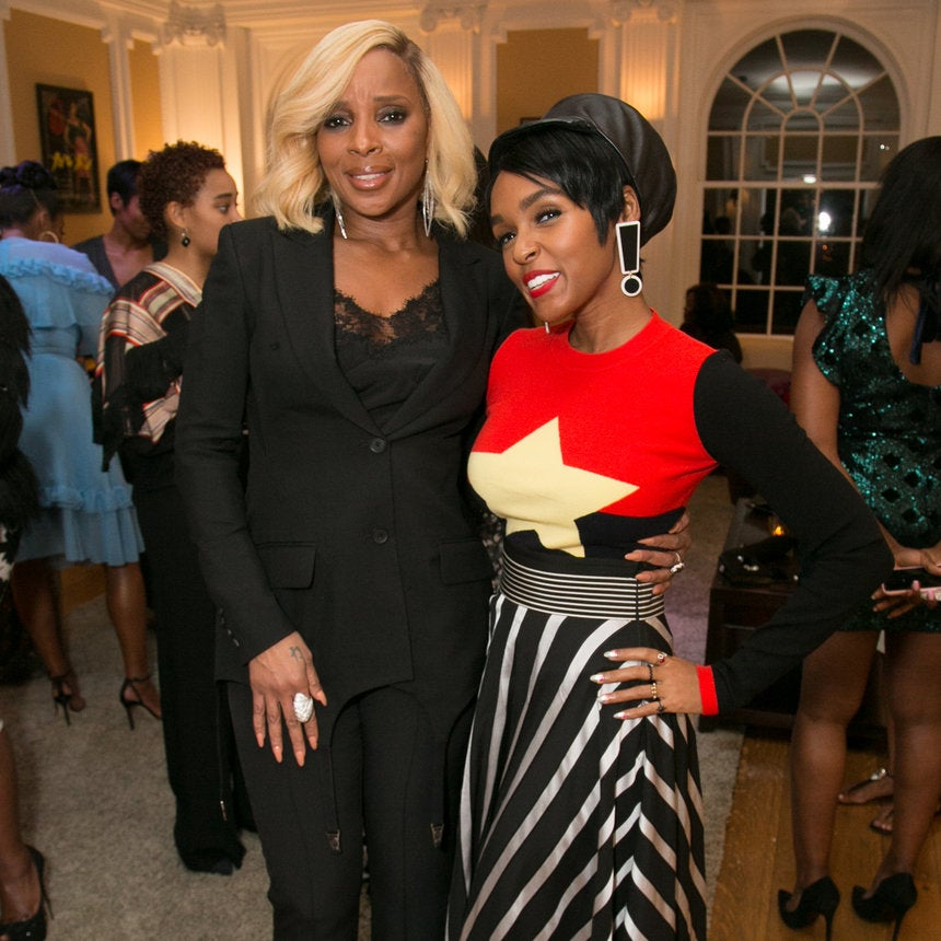 Alfre Woodard's Pre-Oscars Sistahs Soiree Was The Love Fest Hollywood Needs