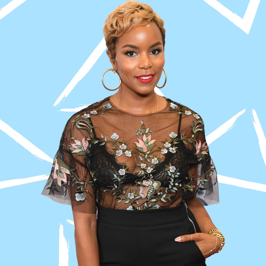 LeToya Luckett (and Her Growing Baby Bump) Are Shining In Oahu