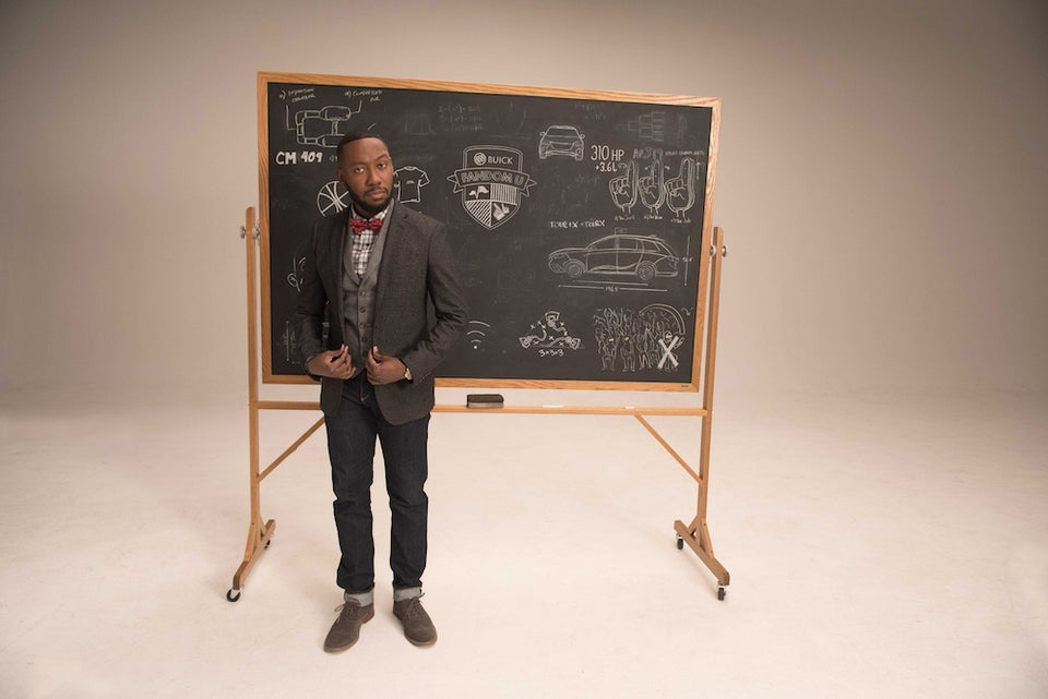 'New Girl's' Lamorne Morris Dishes On The Show's Final Season And RappersReactions To His Hip-Hop Parodies
