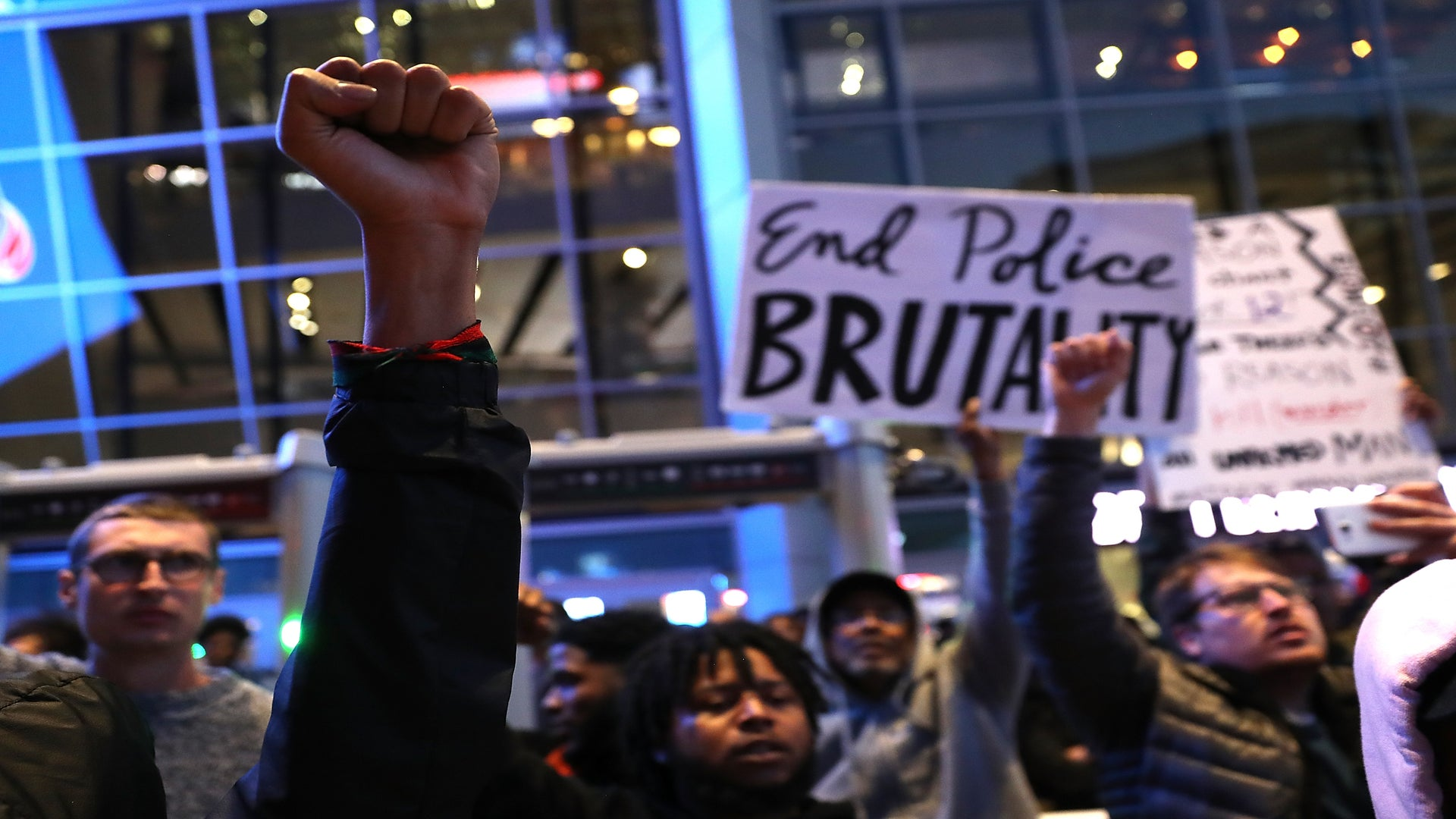 Two NBA Players Offer To Pay For Stephon Clark's Funeral Costs