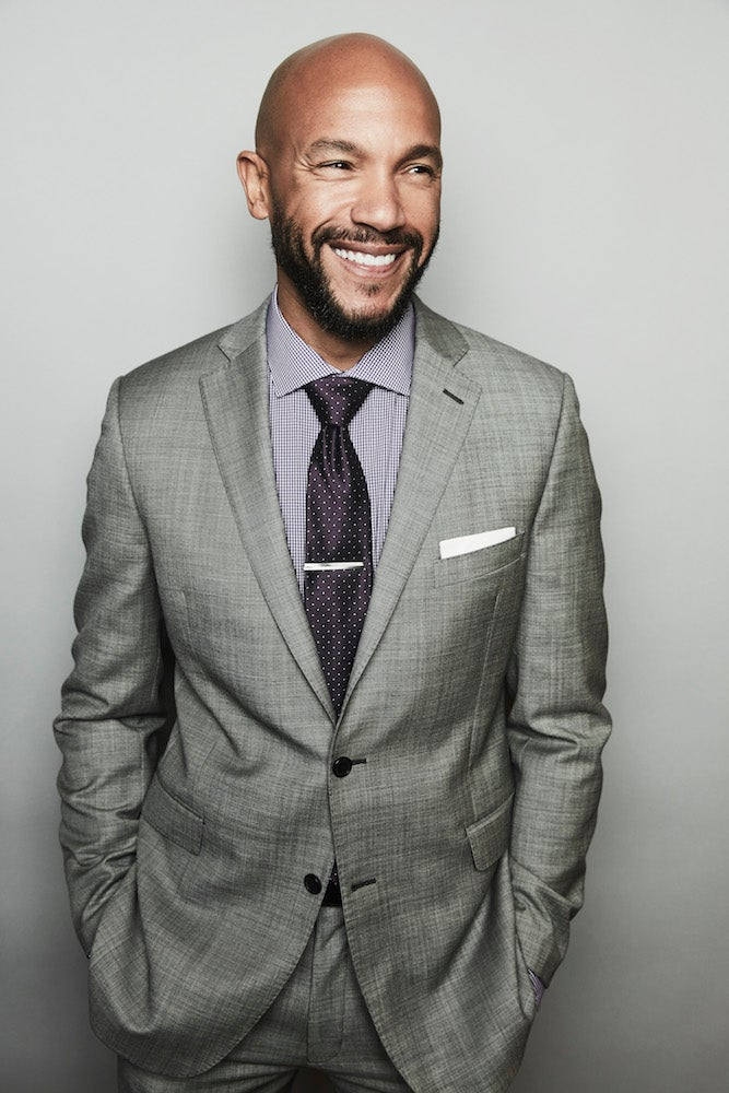 'Imposters' Star Stephen Bishop Gives Us Intel On TheShow's Second Season And His Other Hobby — CoachingLittle League Baseball