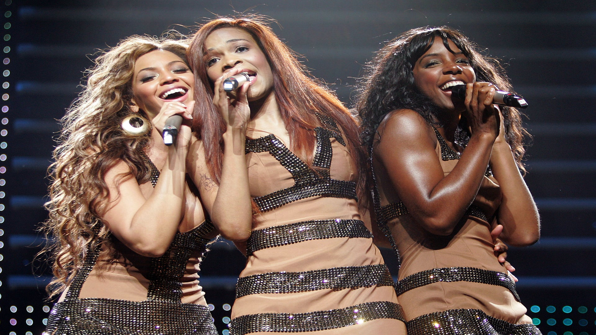 Mathew Knowles Said Destiny's Child 'Did Not Leave Our Eyes' When They Worked With R. Kelly
