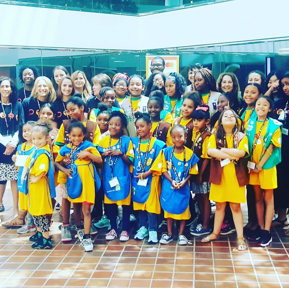 Homeless Girl Scouts Troop Slay Their First Cookie Sale