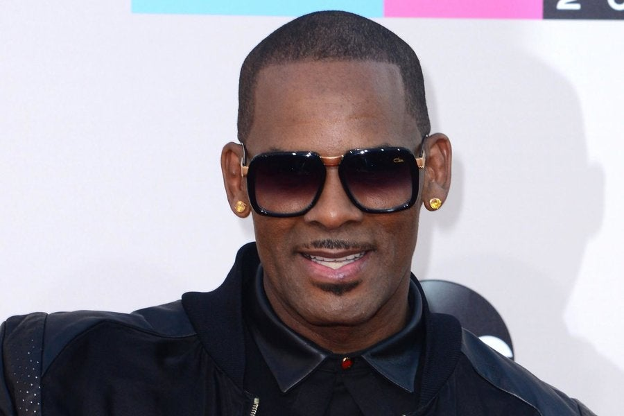 R. Kelly Dropped From Chicago Concert Lineup - Essence