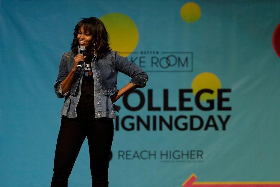 Michelle Obama Dances On Stage With Jussie Smollett At College ...