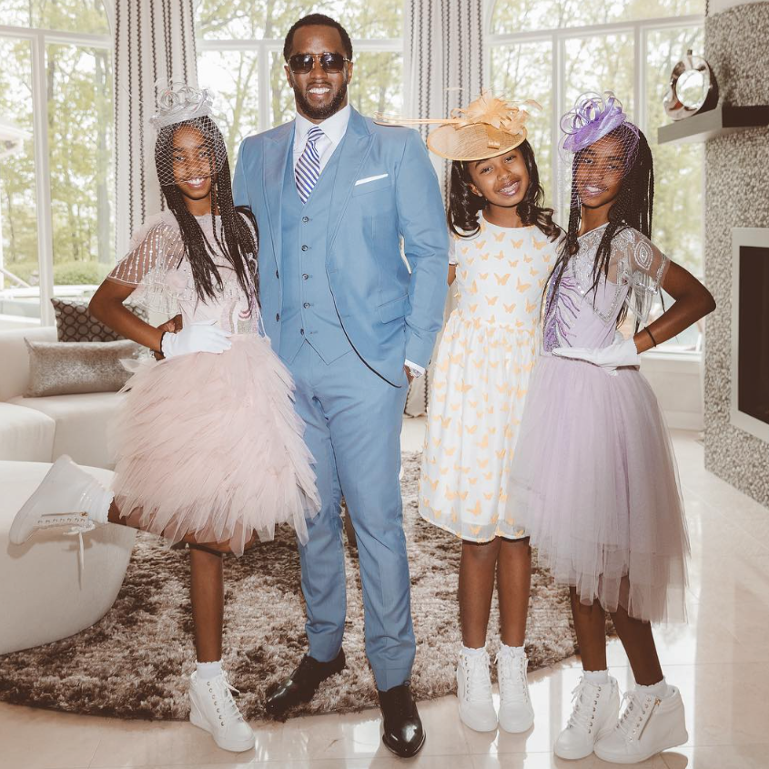 Diddy And Twin Daughters Celebrate First Christmas Without Kim Porter