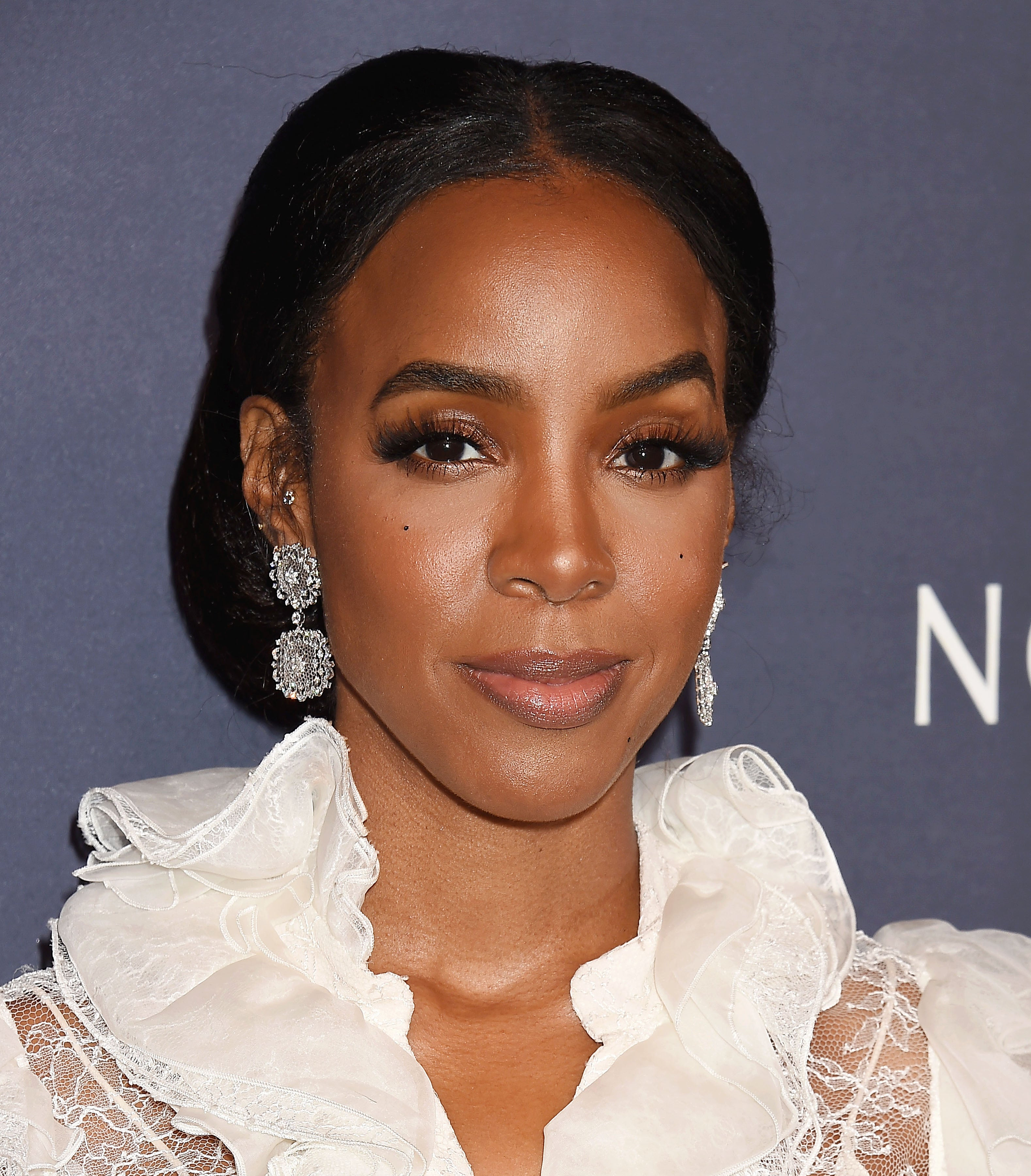 Kelly Rowland Is Thinking Of Reconnecting With Her Estranged Father 'For The Sake Of My Son'