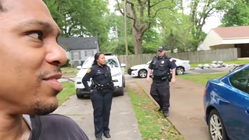 Police Officers Defend Black Real Estate Investor After White Woman Calls The Cops For No Reason
