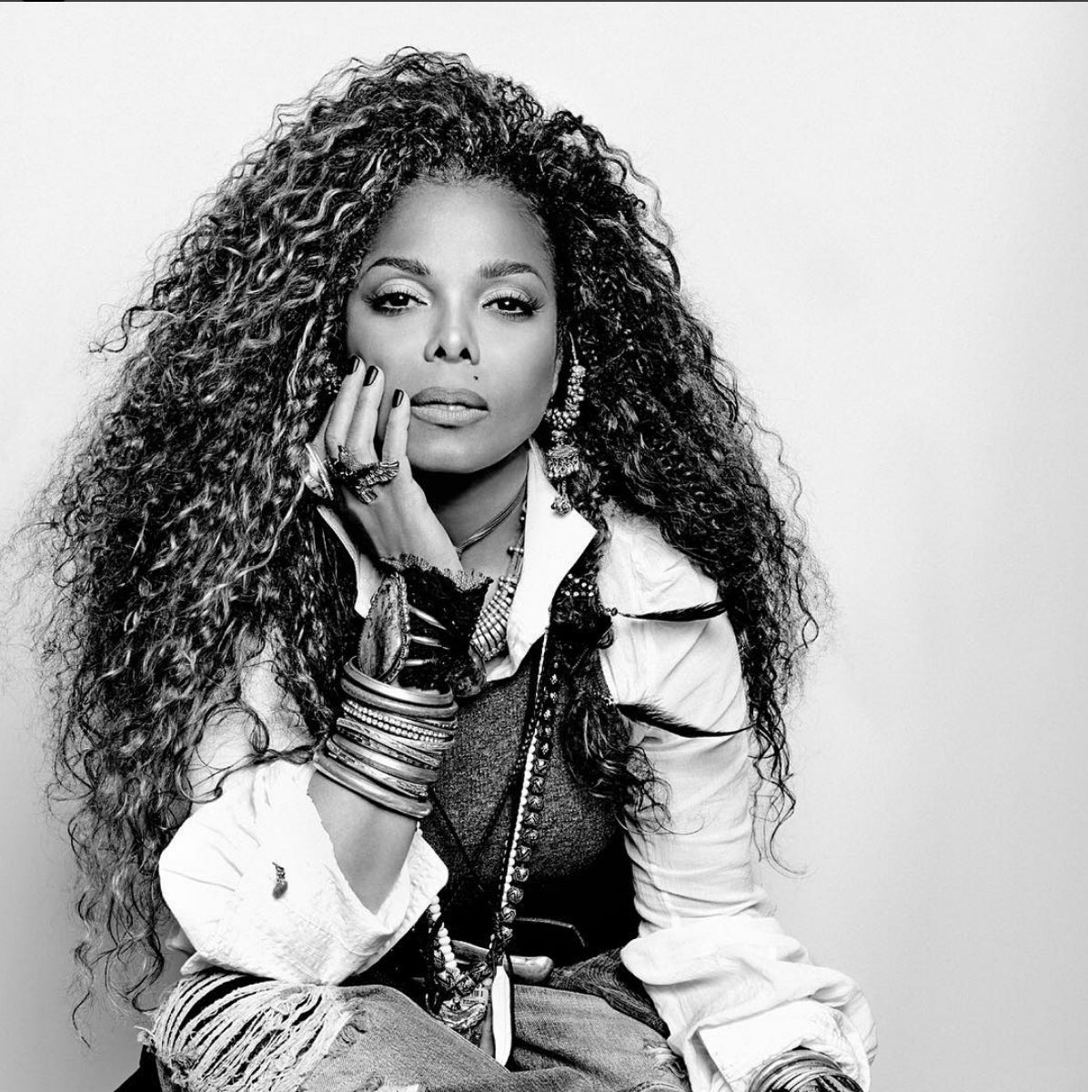Janet Jackson Opens Up About Her Insecurities: 'I Didn't Like Anything About Me'