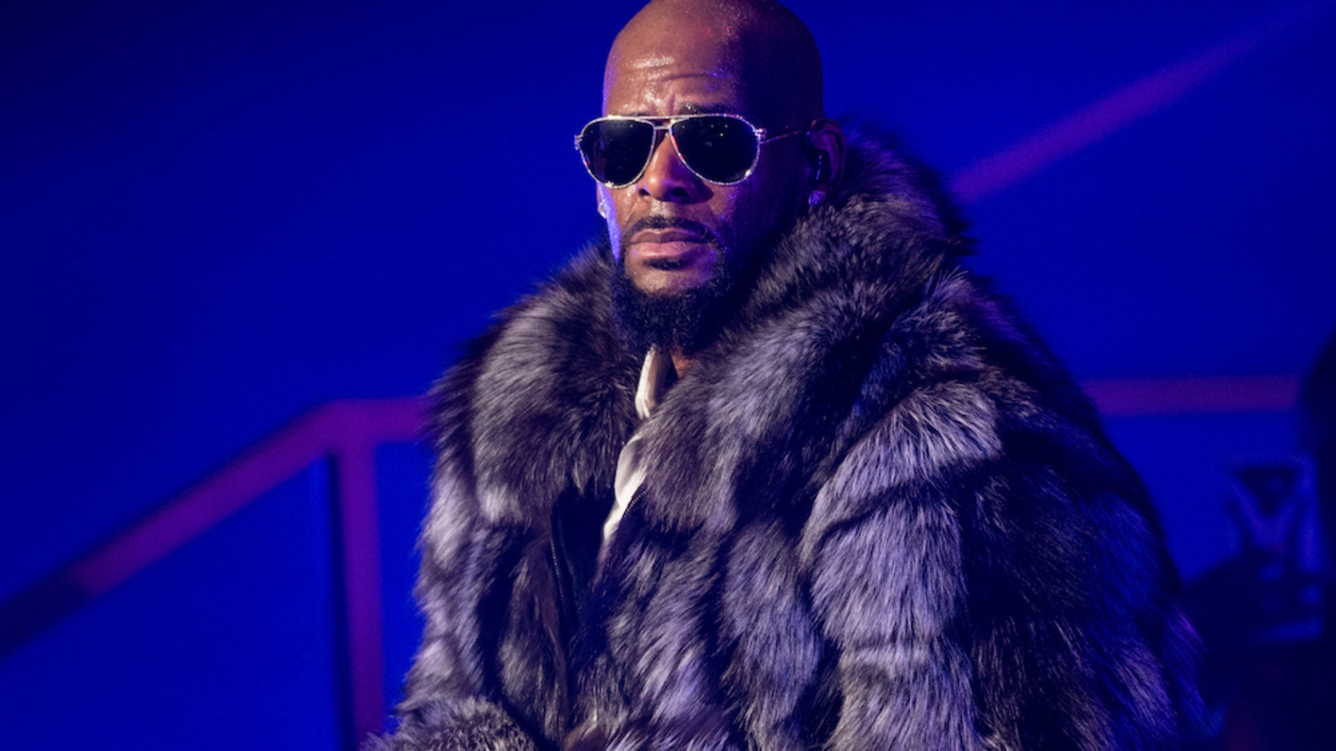 Parents Of R. Kelly Victim Launch 'Abuse Hotline' Against The R&B Singer