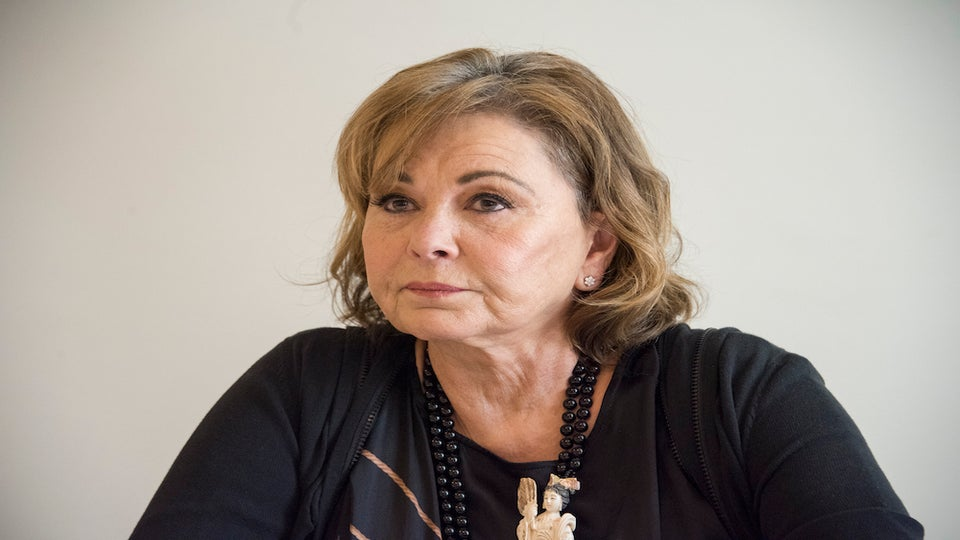 Roseanne Barr Offers Another Wack Defense Of Racist Valerie Jarrett Tweet: 'I Thought The B—h Was White'