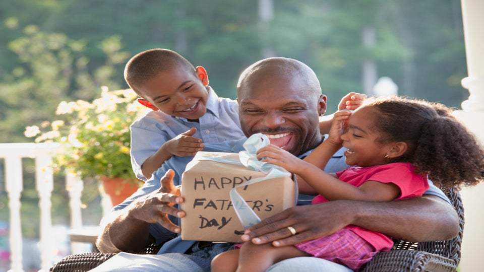 12 Last Minute Father's Day Gift Ideas For Every Type Of Dad