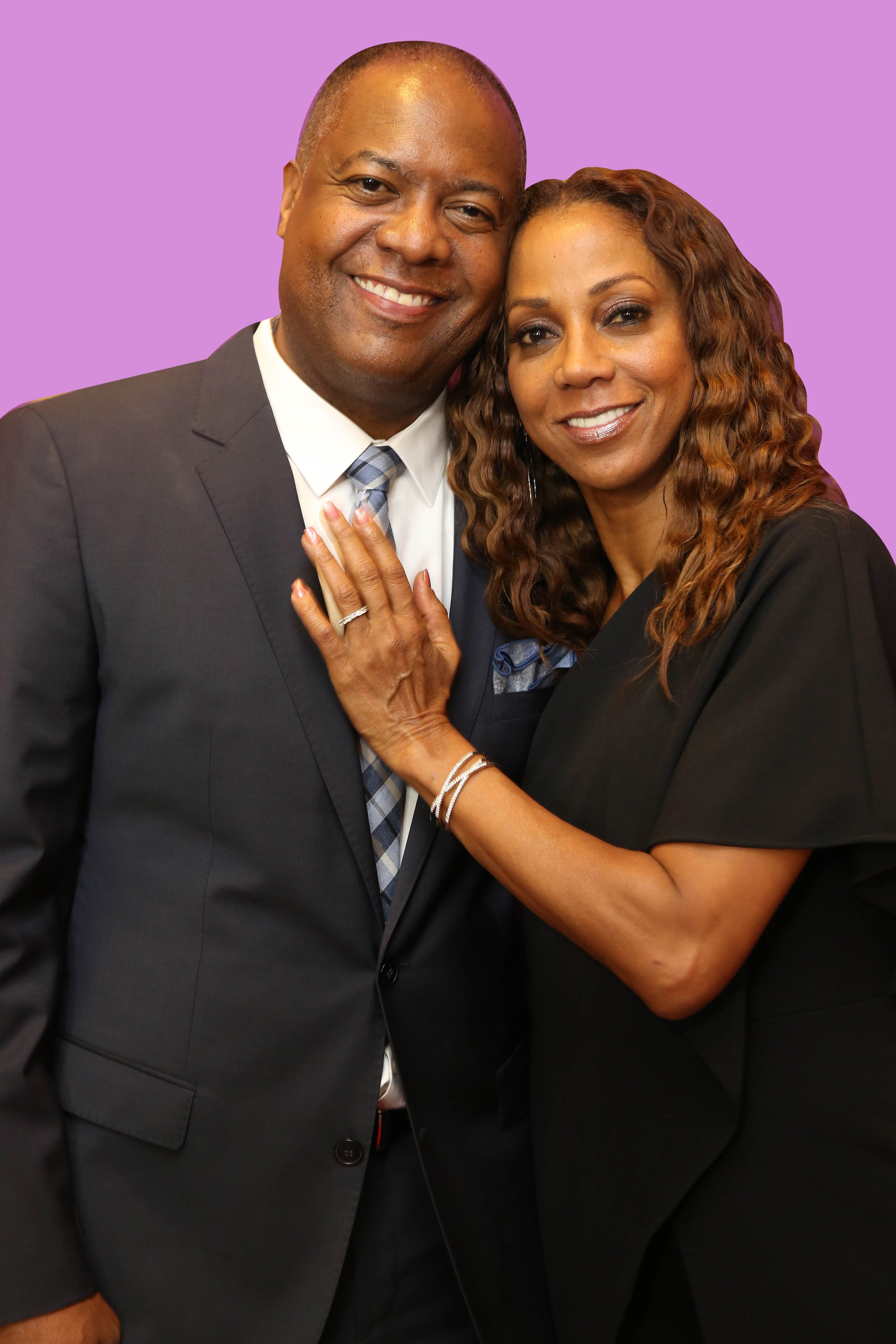 Holly Robinson-Peete Shares Sweet Throwback Wedding Photo To Celebrate 23 Years Of Marriage With Husband Rodney Peete