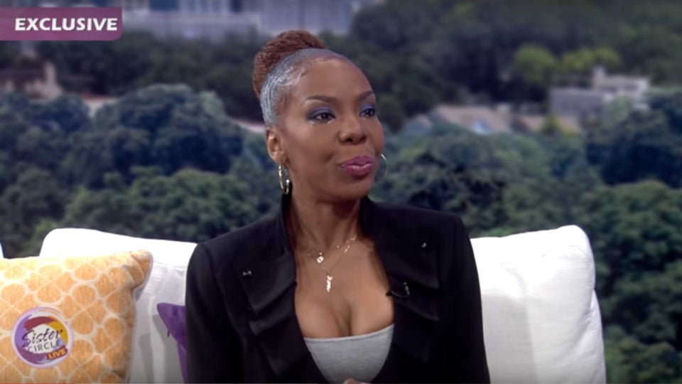 R. Kelly's Ex-Wife, Andrea Kelly, Recounts Years Of Domestic Abuse During Tearful Live Interview