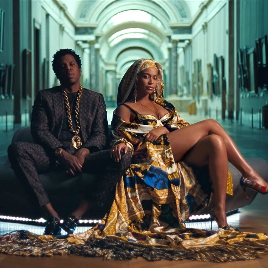 "Beyoncé Mimics Goddess In $140K Dress For ""Apesh*t"" Music Video"