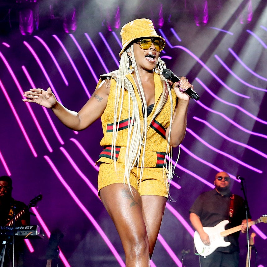 Mary J. Blige's Blonde Box Braids Are A Must-Try For Summer