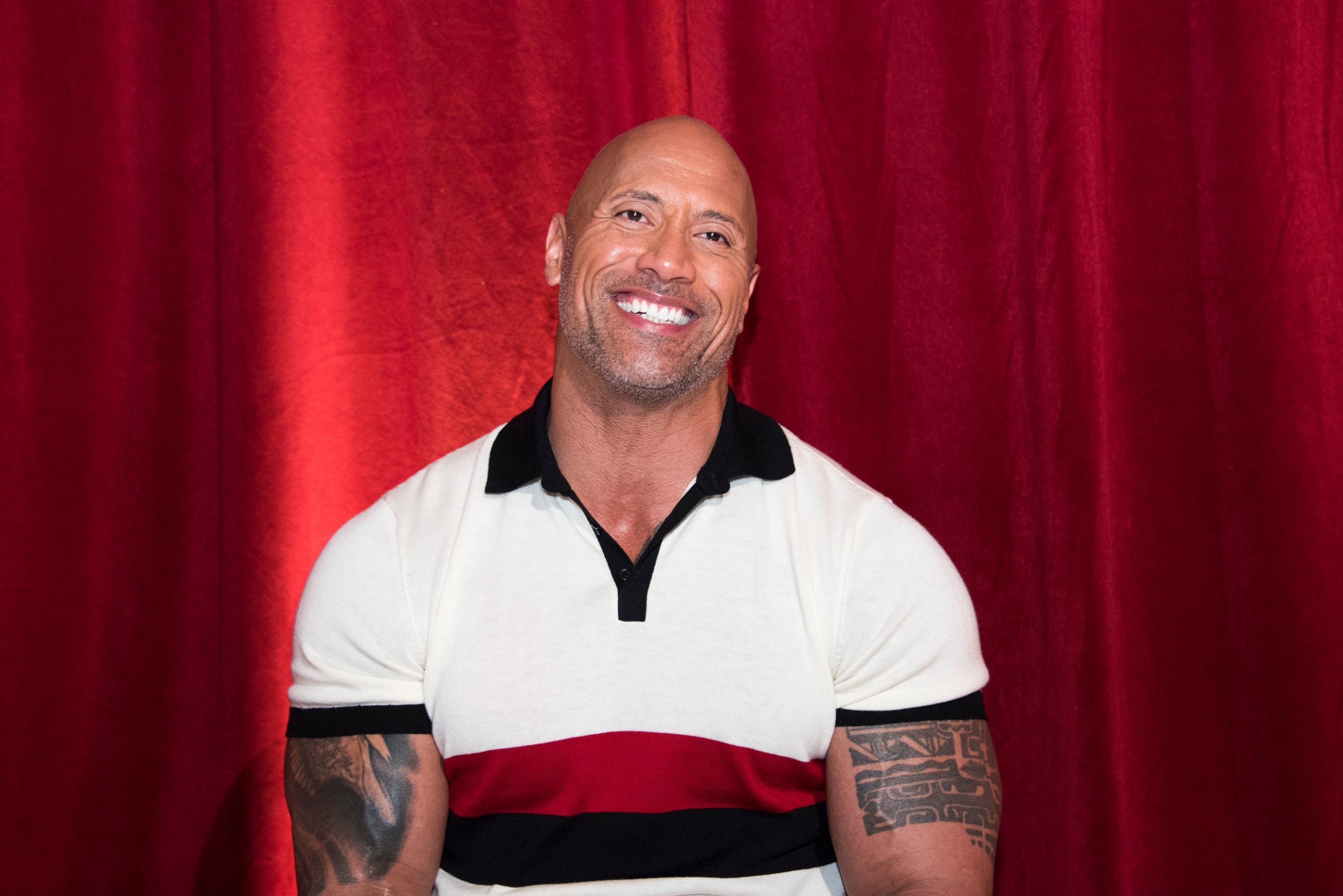 Dwayne 'The Rock' Johnson Is Teaching His Daughter How To Swim and They Are Honestly So Cute