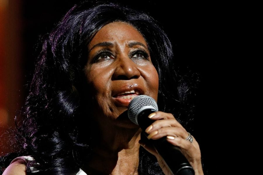 Aretha Franklin's Family Is Hopeful That She Will 'Pull Through ...