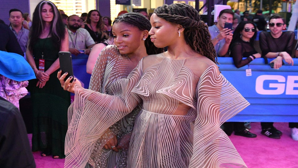 Sister Act: Chloe And Halle Share A Selfie And A Slay At The VMA's