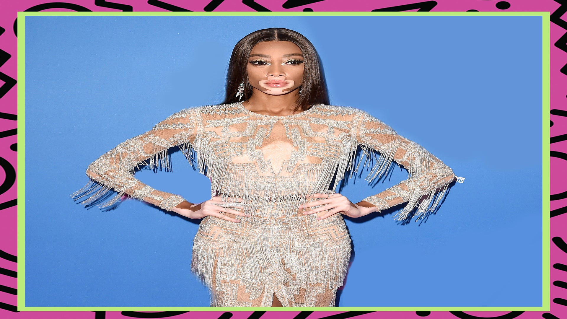 Winnie Harlow's Fashion Sense Is A Triple Threat On The VMA's Red Carpet