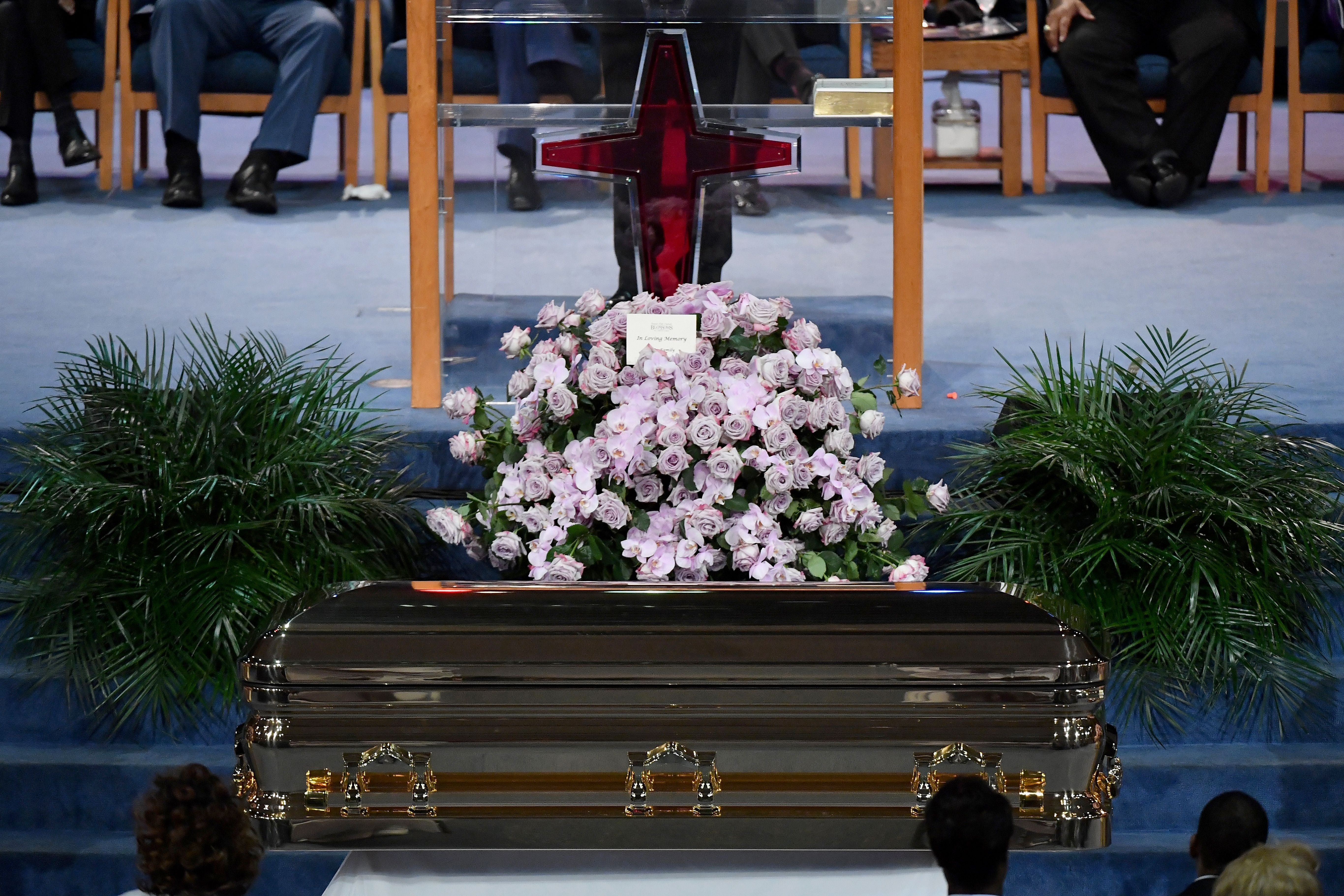 Aretha Franklin And John Mccains Funerals Illuminate Two