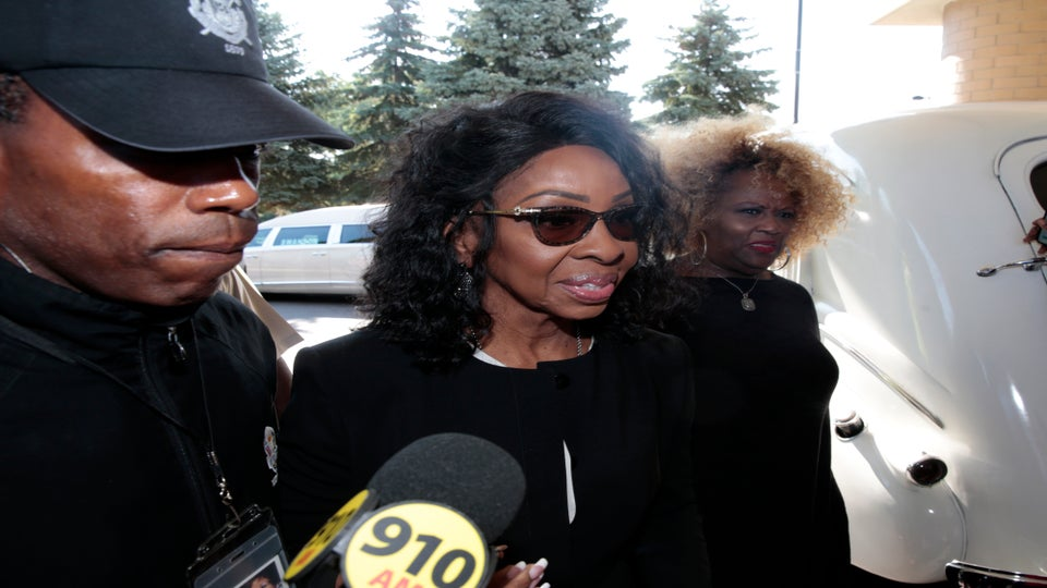 Gladys Knight's Publicist Denies She Has Pancreatic Cancer