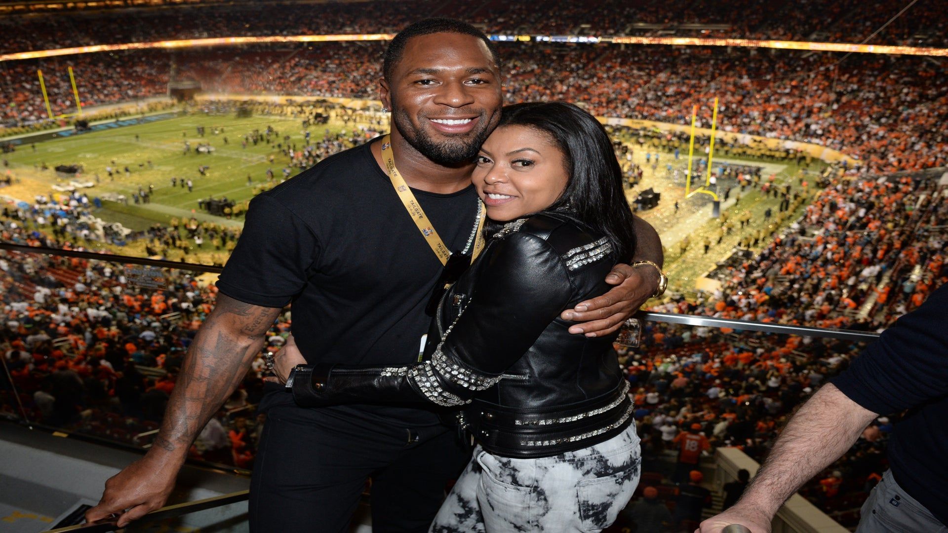 Aww! Taraji P. Henson Madly In Love and Badly Missing Her Fiancé While On the Road Is All Of Us