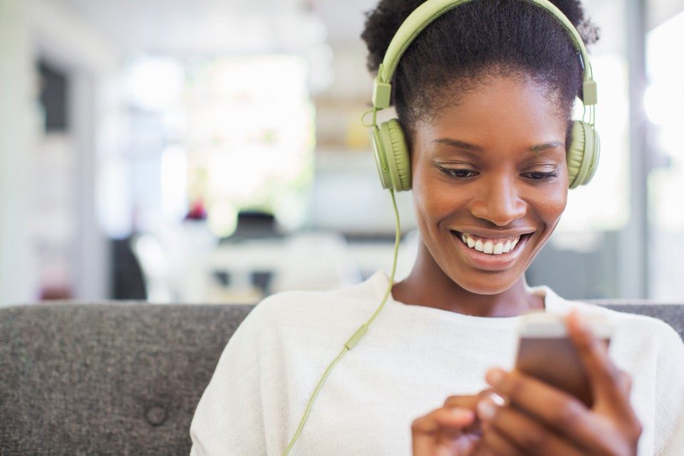 5 Black-Women Powered Podcasts About Relationships, Sex and Dating