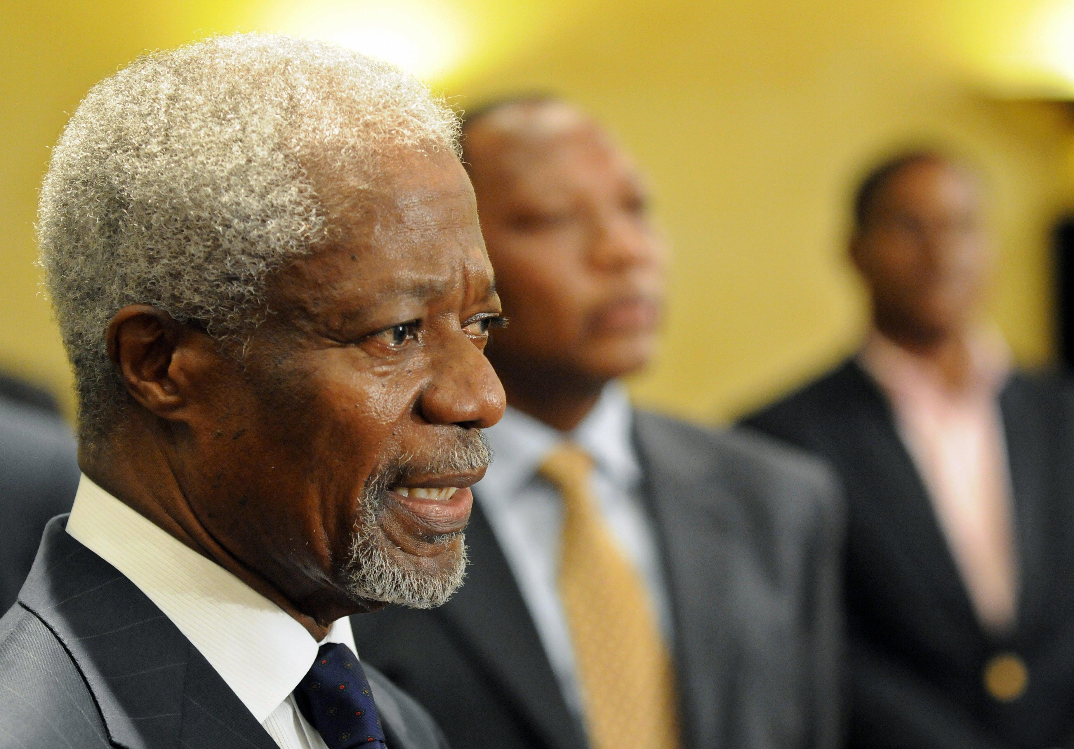Kofi Annan, First Black U.N. Secretary-General, Has Died