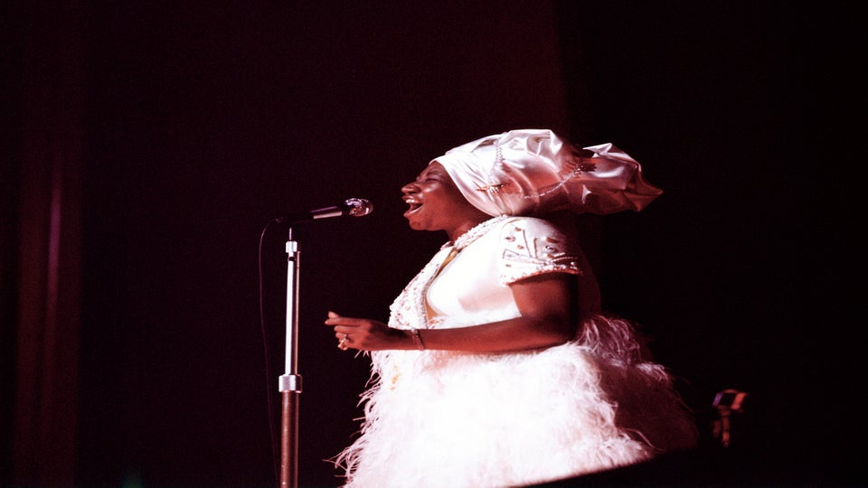 Celebrities React To The Death Of Queen Of Soul, Aretha Franklin