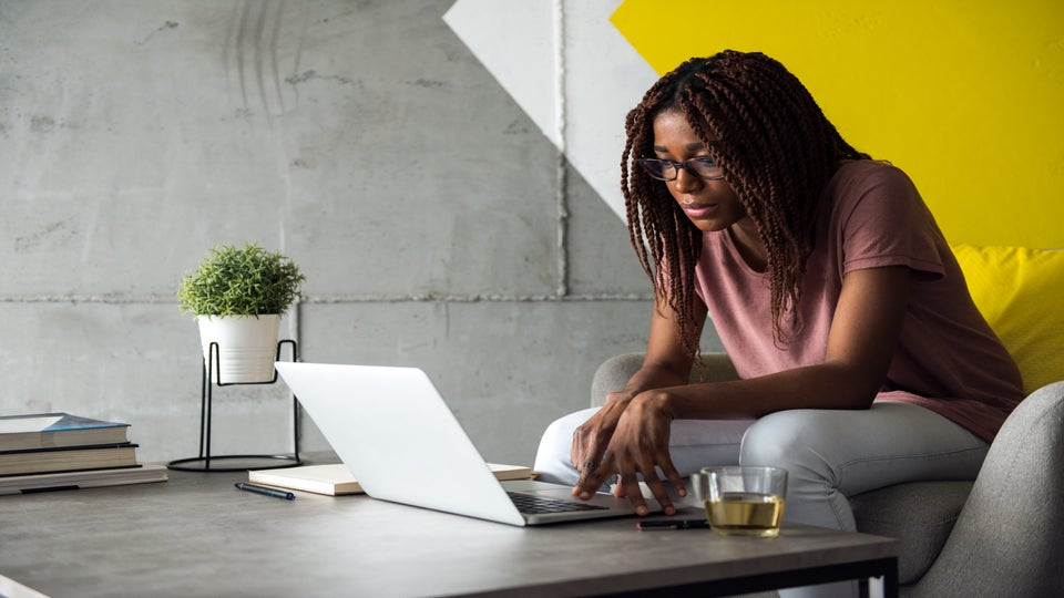 What It's Really Like To Be A Black Woman Job Hunting? Women Share How to Stay Motivated During A Grueling Job Search