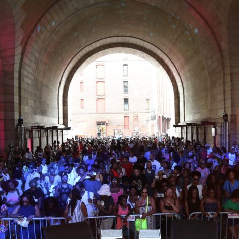Flashback Friday: The 2015 ESSENCE Street Style Block Party Was LIT! [Video Recap]